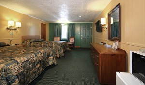 Room with 2 Queen Beds Non Smoking